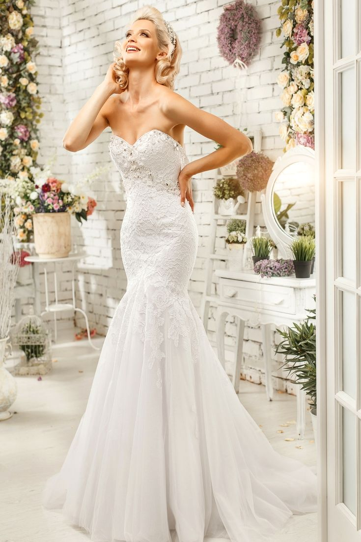 Perfect wedding dress selection hunting for the modern wedding