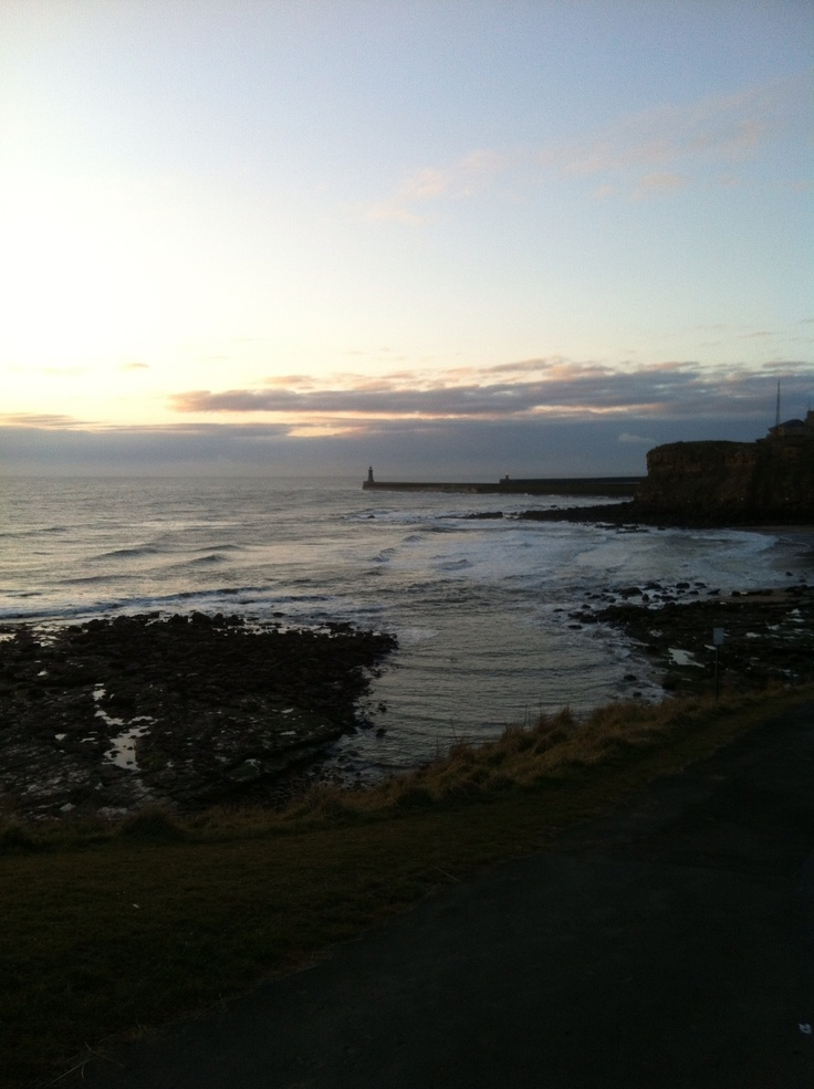 King Edwards bay tynemouth 6 th of April 7am 2013 grand national day www.tynemouthwebcam.com
