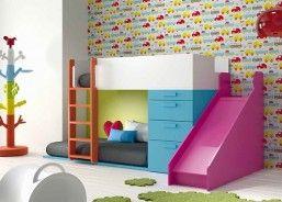 Habitación infantil con litera tobogán