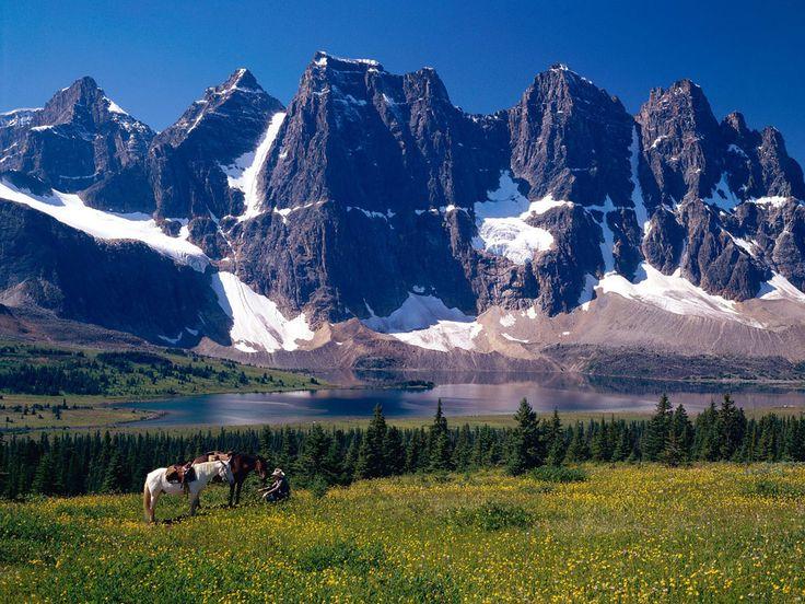Ramparts and Amethyst Lake, Alberta, Canada