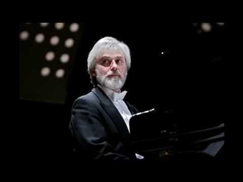 Rachmaninoff - Piano Concerto No. 2 (Zimerman, Ozawa) - YouTube