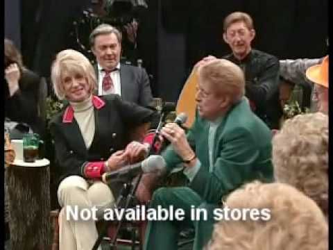 Country's Family Reunion 2 --Del Reeves tells an embarassing story