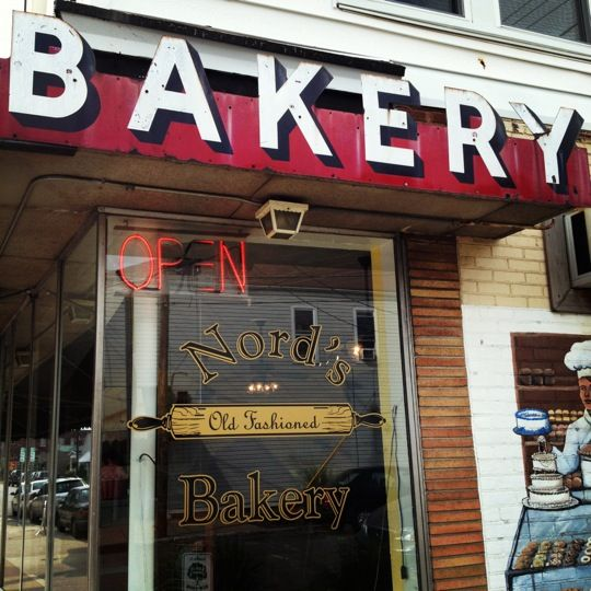 An old school bakery that has stayed a Louisville favorite for 70 years for a reason! Famous for their donuts- if you want a maple bacon donut, you had better arrive early.