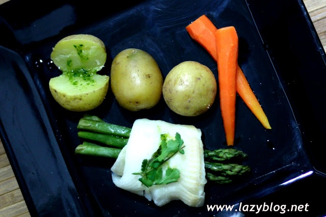 Receta ligera de lenguado al vapor con verduras