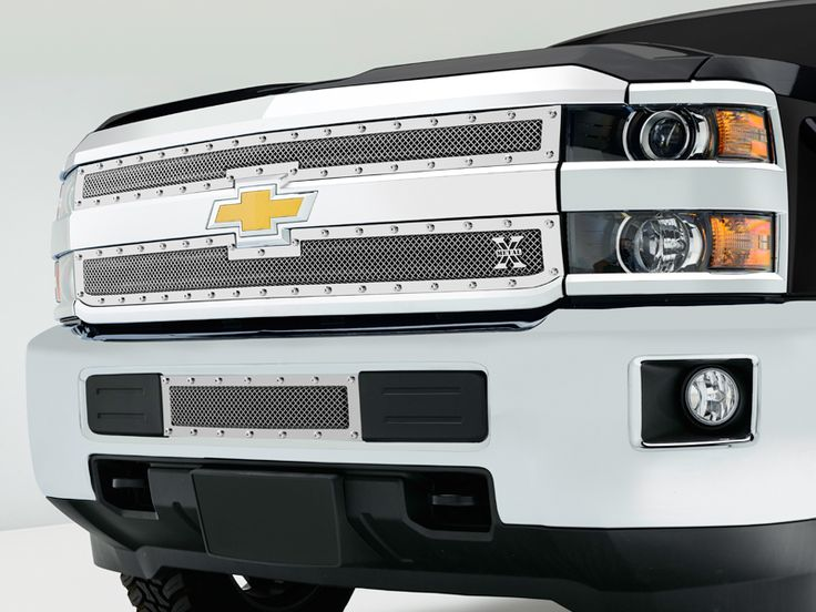 2015 Silverado 2500 | 3500 Mesh Grille Upper Class Series by T-Rex