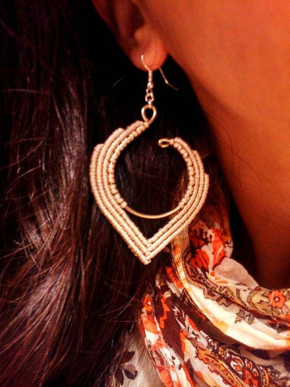 Macrame hippie earrings with alpaca wire hippie by TheDancingCord