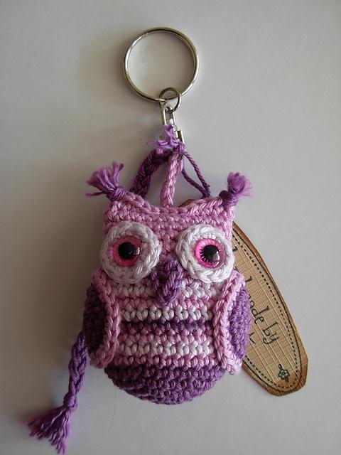 Ravelry: Antoinette06's Keychain Owl - so cute, must make this