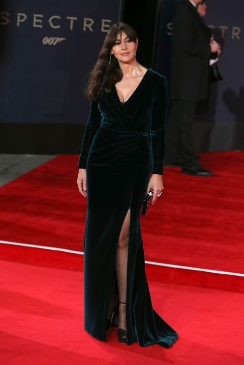 les looks de la semaine monica bellucci red carpet and haute couture. Black Bedroom Furniture Sets. Home Design Ideas