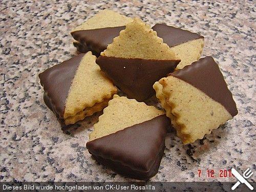 Nuss-Nougat-Plätzchen, ein sehr schönes Rezept aus der Kategorie Kekse & Plätzchen. Bewertungen: 11. Durchschnitt: Ø 4,4.