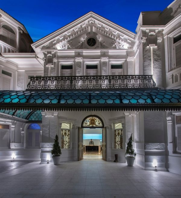 The Macalister Mansion is located down the remarkable Macalister Road in the heart of Georgetown in Penang