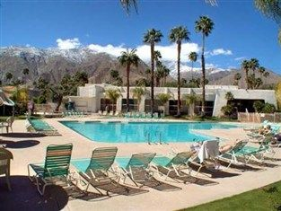 Where better than Palm Springs? #palmsprings #travel #explore @daysinn    See more here: http://goo.gl/KNPK15