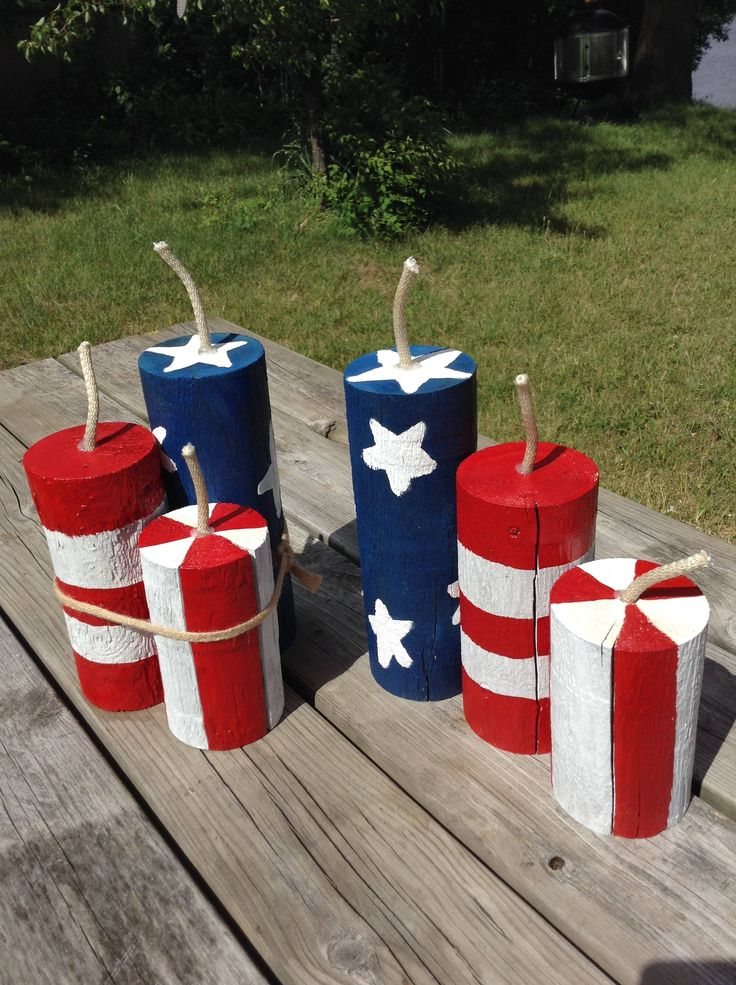 Whiz Bangers Firecracker Trio Fence Post Rustic Fourth Of July Red White Blue
