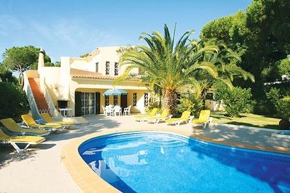 Chamines in Vilamoura, Algarve - http://www.jamesvillas.co.uk/algarve/vilamoura/chamines-1404/