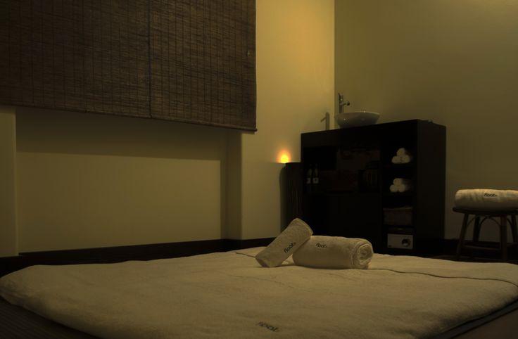 A nossa sala de massagens orientais...deite-se no nosso tatami...