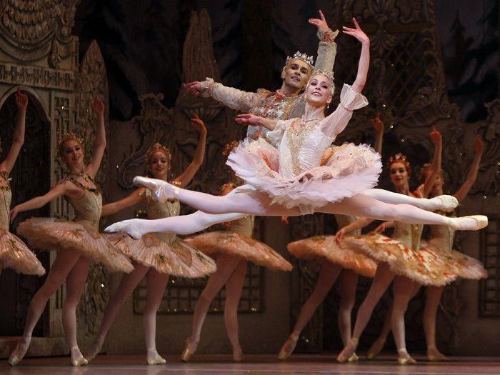 Самый известный рождественский балет «Щелкунчик».