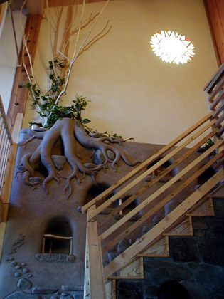 http://tatjana-mihaela.hubpages.com/hub/sculpted-home
