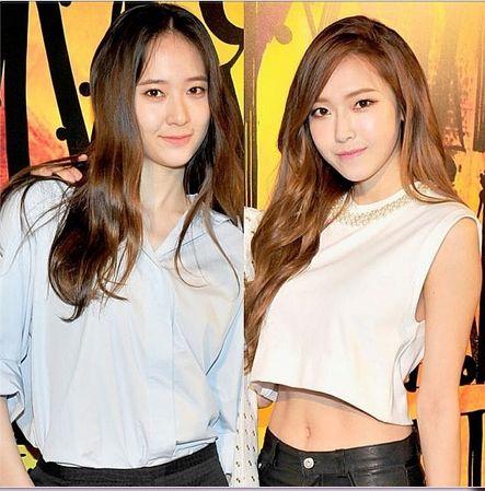 Krystal And Jessica Jung Jimmy Choo Wow Beautiful