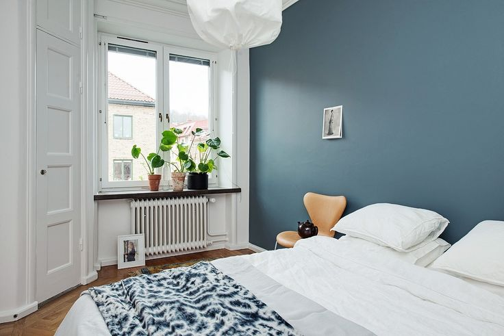 St Pauls blue, Jotun. Grey tone apartment - Hege in France