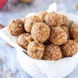 Cinnamon Apple Energy Bites will keep the tank full for even the pickiest of vegan and gluten-free eaters.