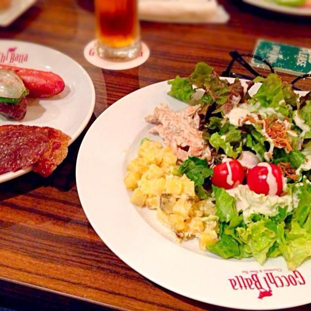 Gocchi Batta@渋谷にて。シュラスコのお店なのに、サラダがメインになっちゃってる… - 8件のもぐもぐ - シュラスコ&サラダ by chan mitsu