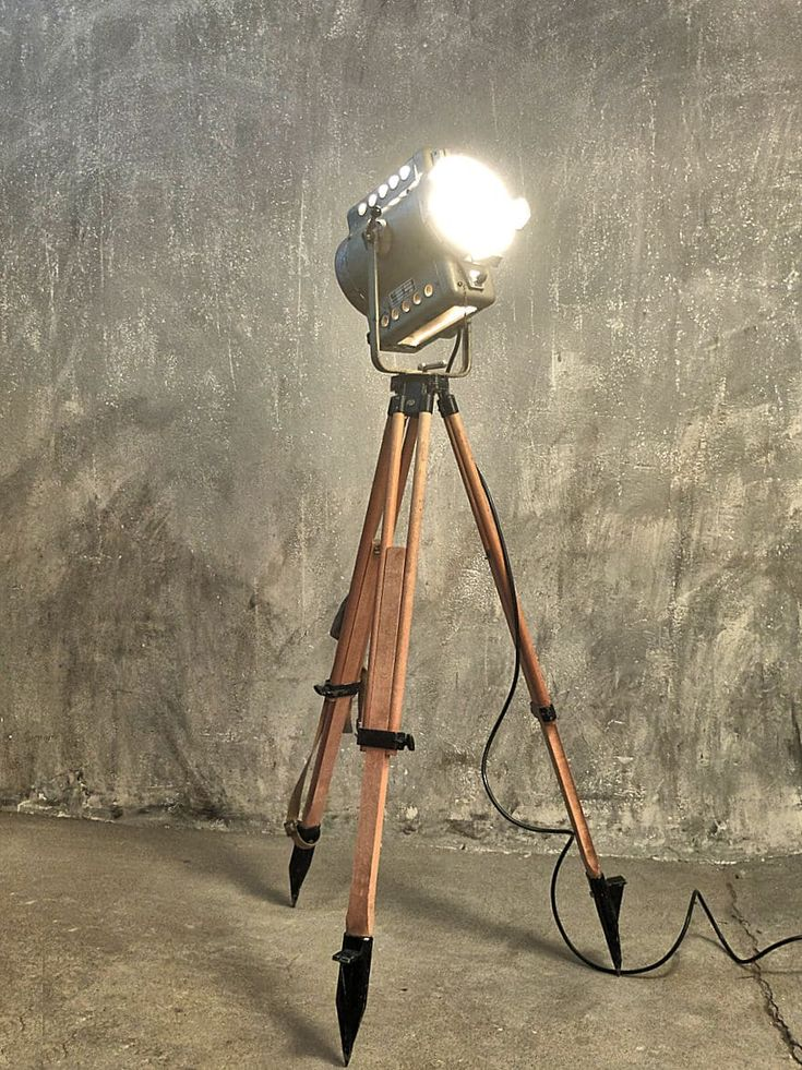 vintage Filmscheinwerfer - 50er Jahre Bernhard Deltschaft, Filmscheinwerfer - vintage Filmscheinwerfer, Fabriklampen, Industriemöbel, vintage spotlight, industrial spotlight, vintage industrial lights