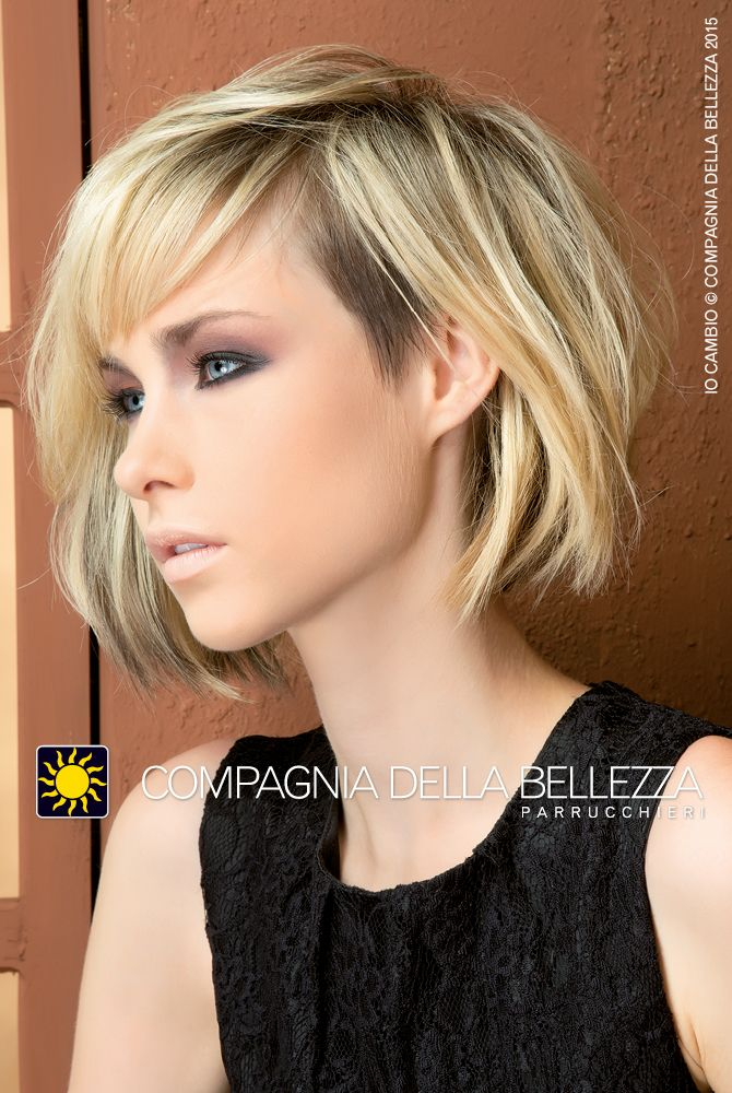 Lob in blonde - Trae ispirazione dal carrè anni '60, ma che si allunga dal mento sino a sfiorare le spalle