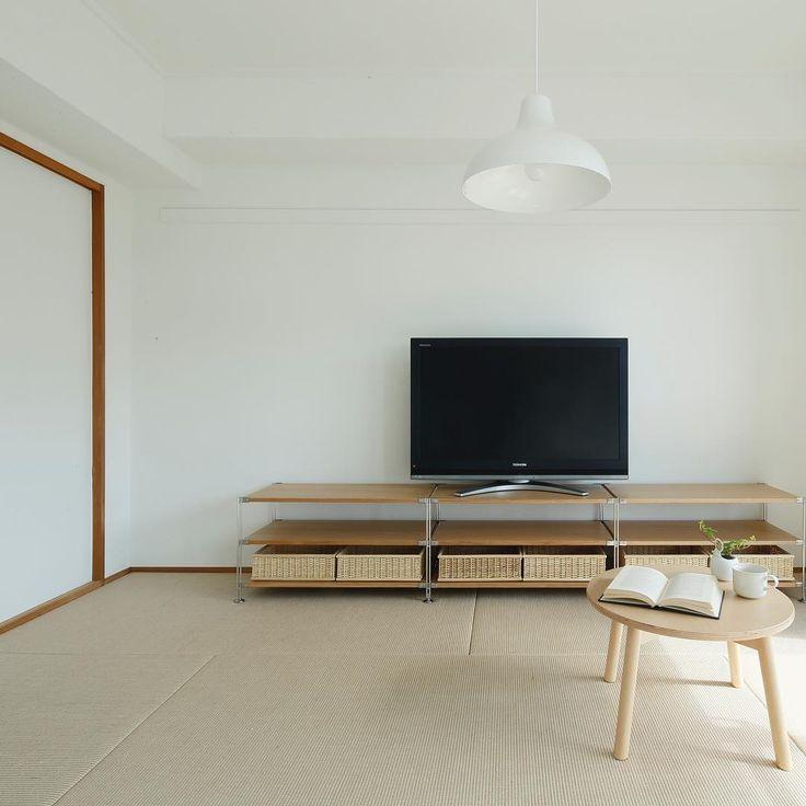 MUJI×UR団地リノベーションプロジェクト、福岡のアーベインルネス貝塚団地、pla25のモデルルーム。 #無印良品 #無印良品の家 #団地 #mujiur #賃貸 #リノベーション #暮らし #シンプルライフ #ミニマリスト #テレビボード #シンプル #リビング #畳 #シェルフ #和室 #インテリア #muji #mujihouse #room #home #homedecor #renovation #interior #interiordesign #design #simple #minimalist #living #tv_living #japan