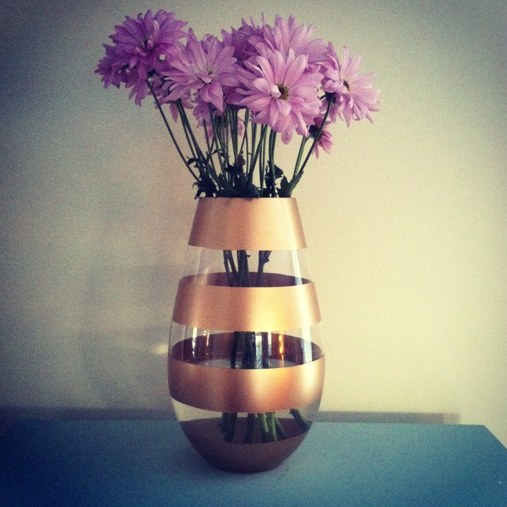 Best 25 spray painted vases ideas on pinterest spray for Spray paint designs with tape
