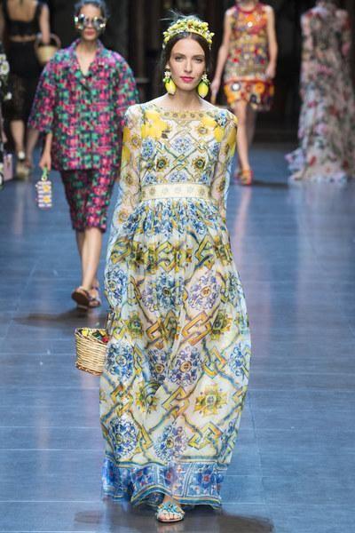 Dolce Gabbana Spring 2016 Ready To Wear Fashion Show Week Pinterest Milan Weeks And