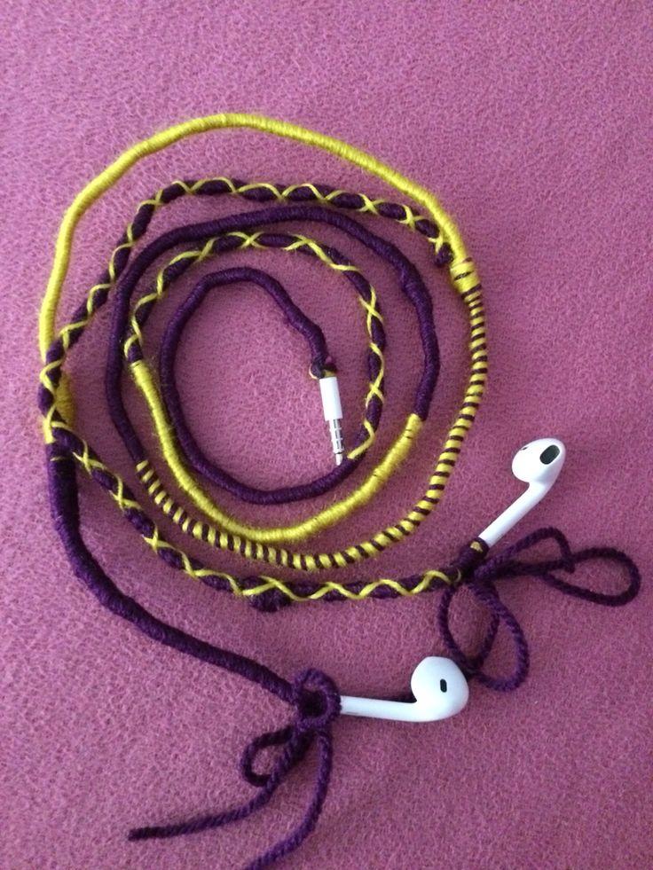 #handmade #earphone #twocolours #purple #yellow #knitearphone 🎧