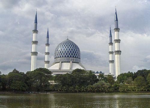 Blue Mosque Shah Alam, Selangor - Malaysia Tourist & Travel Guide