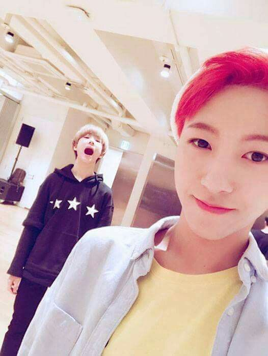 awww my two favourite nct dream babies ^.^ jisung and renjuny ❤️