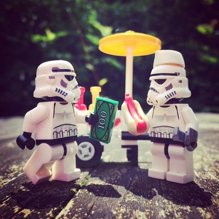 HOTDOGS!!! #hotdog #outdoors #sunny #spring #bigspender #money #junkfood #mmm…