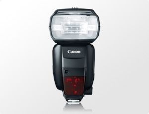 6 Must Have Items for Your Canon EOS 5D Mark III