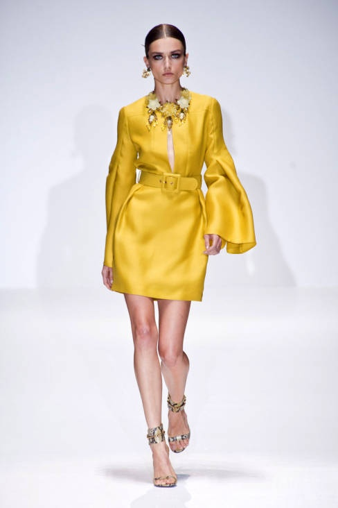 Gucci Spring 2013 Ready-to-Wear Collection, love this yellow and jewelry!