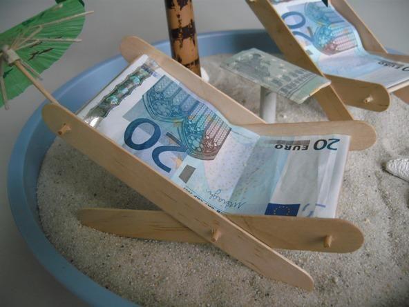 Liegestuhl Aus Geld : die besten 25 liegestuhl basteln ideen auf pinterest ~ Lizthompson.info Haus und Dekorationen