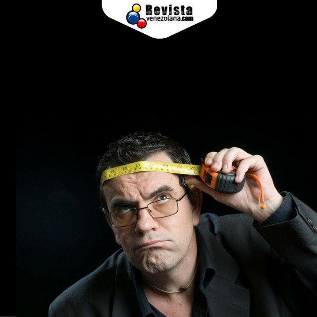 #Sabíasque @laureanomar es autor de tres libros de humor: Se sufre pero se goza (agotado); El código bochinche (diciembre de 2004) que va por su novena edición y batió récord en Venezuela como libro más vendido Falta poco muy poco para que nos visite en Vigo y Valencia! Tienes tus entradas?  #LaureanoMárquez #España #VenezolanosEnElExterior #Fun #Humor