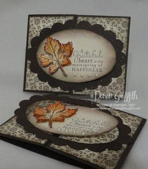 Scallop Oval frame card