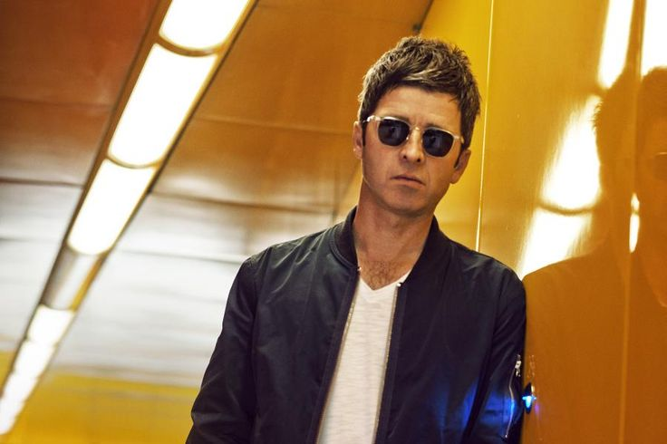 Noel Gallagher's High Flying Birds will return to the Royal Albert Hall London,10th December 2015 for a one off pre-Christmas gig ahead of their 2016 UK arena tour. Tickets here #NoelGallagher #Gigtickets #Globalticketsuk #HighFlyingBirds