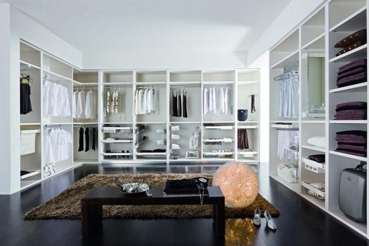 Magnifique dressing ! Damsel in Dior   Closets to Covet