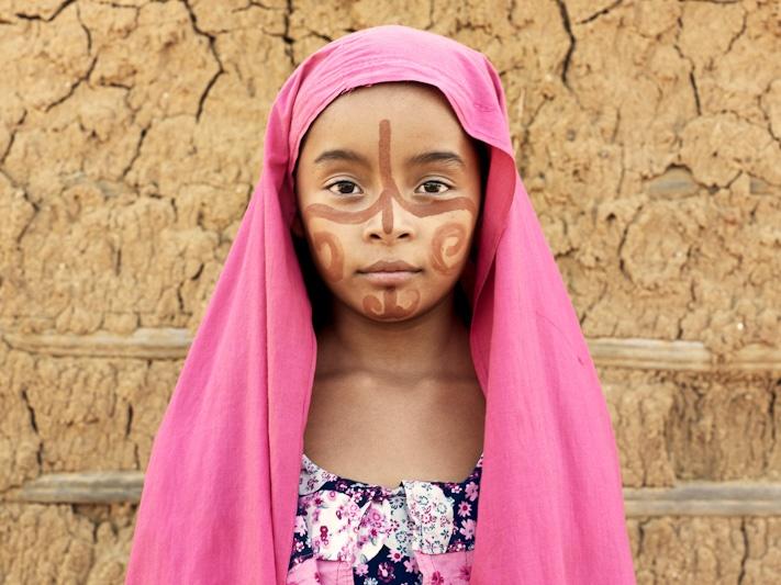 Piers Calvert,Wayuu girl