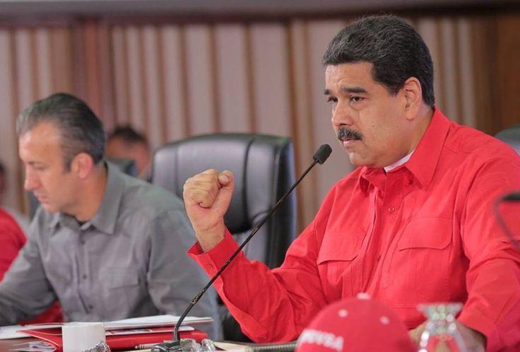 """Ejecutivo firmará certificación de la criptomoneda venezolana /  Caracas.- El presidente de la República, Nicolás Maduro, informó este martes que próximamente firmará la certificación de la criptomoneda petro, que estará soportada por las reservas de petróleo, gas, oro, diamantes y demás minerales naturales del país. """"En los próximos días voy a firmar la creación de los certificados donde nosotros"""