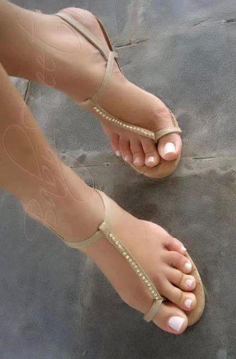 Foot fetish nude Nude Photos