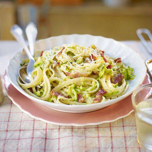 Courgette carbonara - pasta recipe