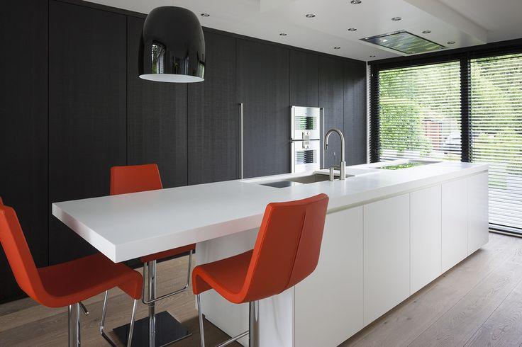 Fotografie van een moderne keuken uitgevoerd door Apart Keukens. © foto's Liesbet Goetschalckx