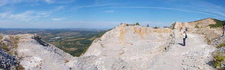 Bél-kő tetején