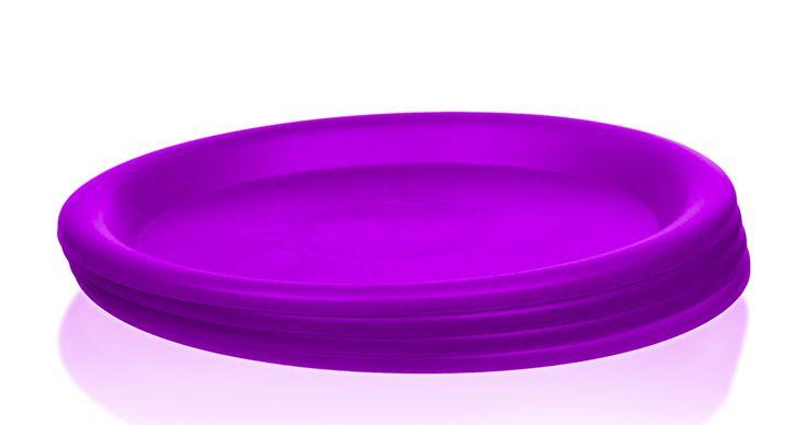 "Amazon.com | 4 Pc Colorful Plastic Plates - 10"" Reusable Picnic Party Plates - Cute Sturdy Plate Set (Purple): Dinner Plates | @giftryapp"