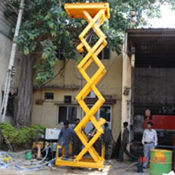 Multi Scissor Hydraulic Scissor Lift Manufacturers, Exporters and Suppliers in Bangalore, India. Our products like Hydraulic Car Scissor Lift, Hydraulic Goods Lift, Hydraulic Scissor Lift, Hydraulic Dumb Waiters, etc. Hydraulic Lifts offered by Hydro Fabs are the best in market. Hydraulic Lifts are suitable for Lifting heavy loads.