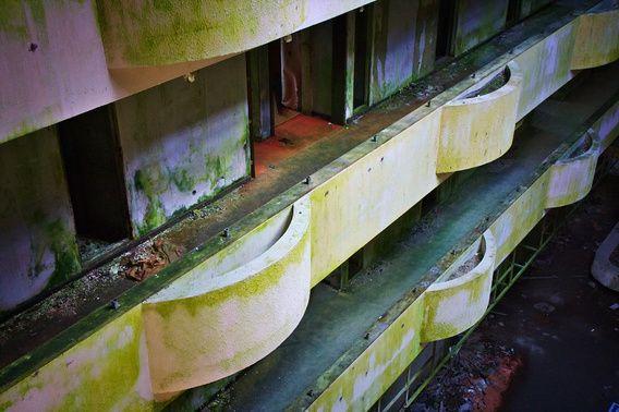 Nieuw in mijn Werk aan de Muur shop: Balkon kamers verlaten hotel