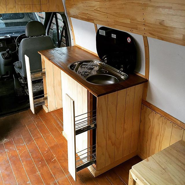 Kitchen complete ✔️ ..well almost, a few things to finish off tomorrow, plumbing, handles, gas, etc.. but the cabinets and top are done! Super happy with how the side draws turned out, they look awesome and save so much space #vanlifediaries